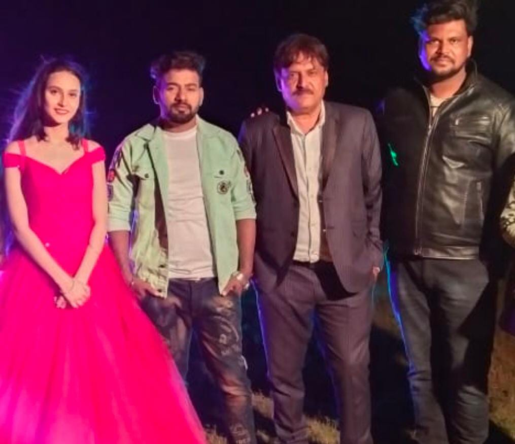 "Chhattisgarh's first horror-comedy film ""Selfie Bebo"", new actress Disha banged entry"